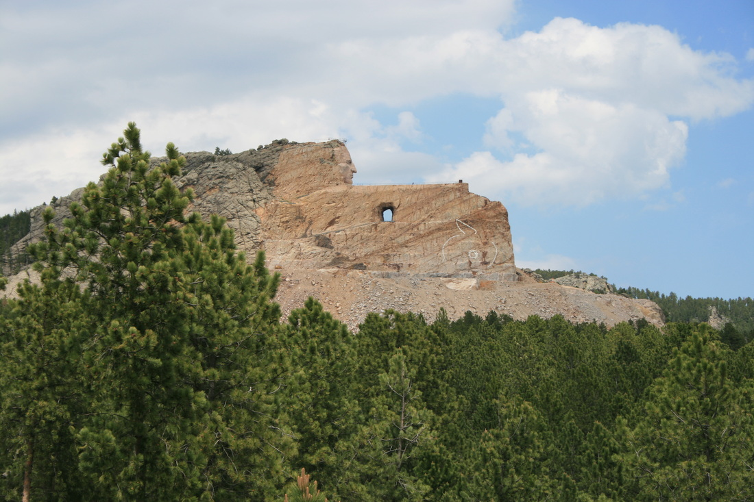 crazy horse essay 24022015  the battle of the little bighorn was fought along the ridges,  lakota leaders such as sitting bull and crazy horse rejected the reservation system.